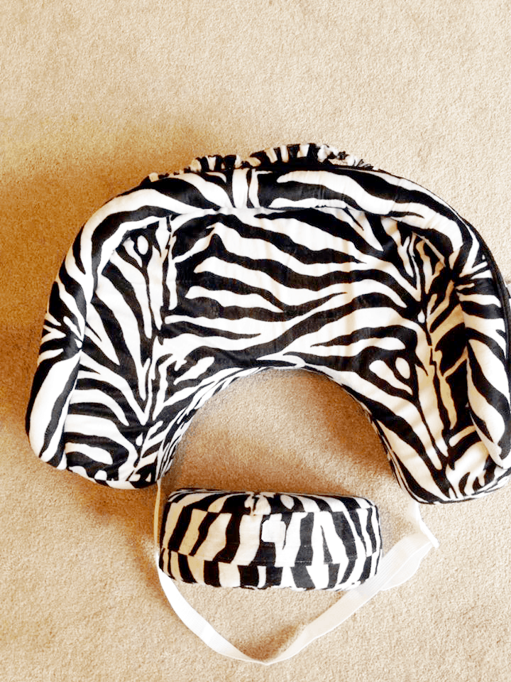 San Diego Bebe Nursing Pillow is new and revolutionized for comfort for baby and mommy!