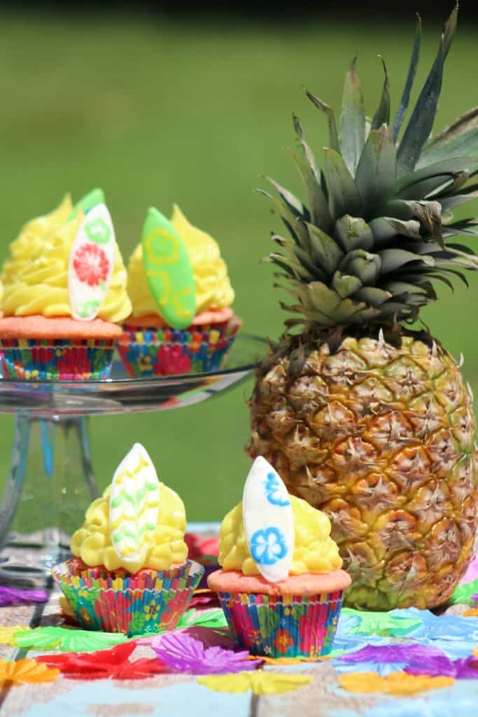 Surfboard Cupcakes Recipe for your Luau Party Idea!