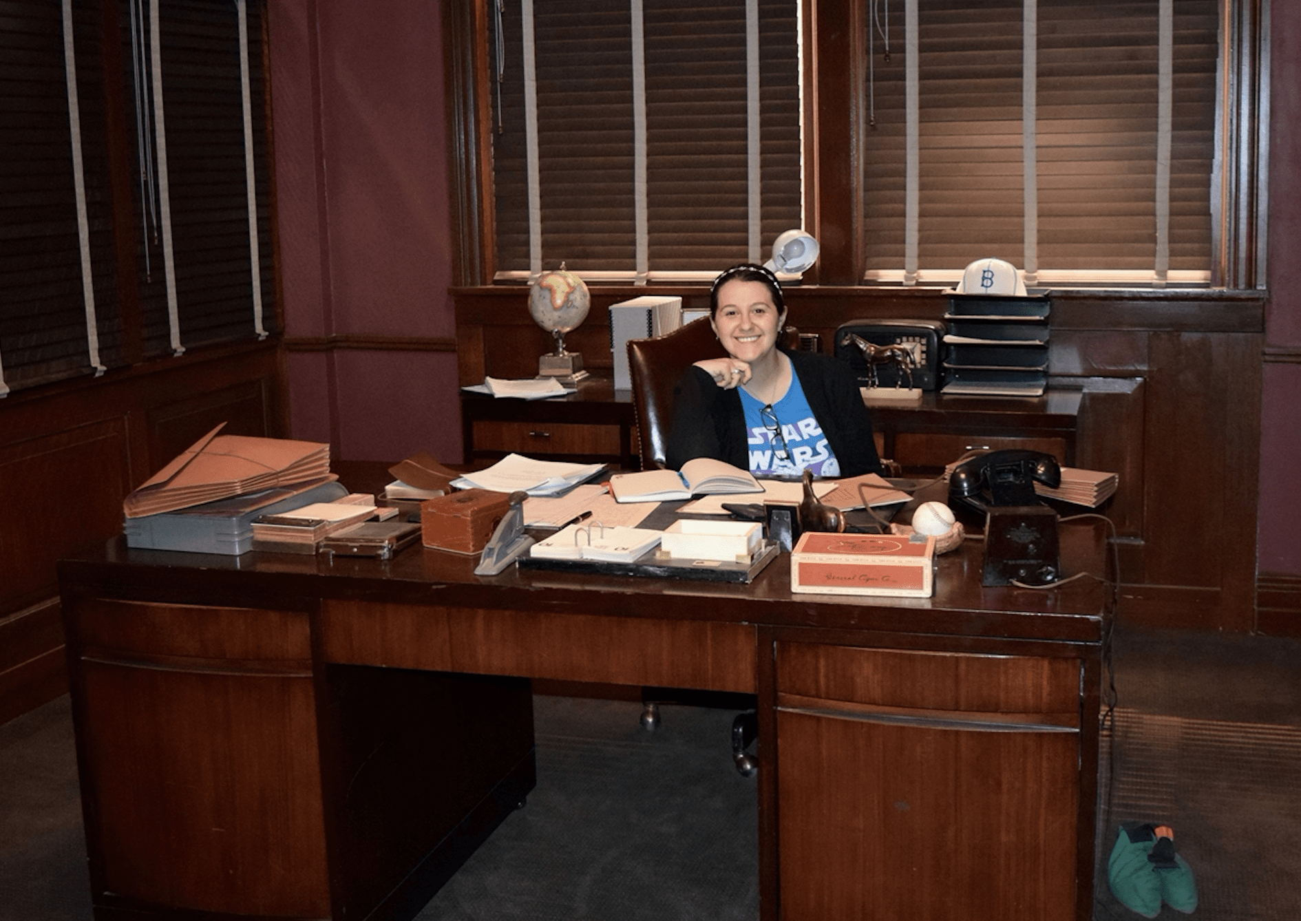 Agent Carter Red Hat – 1940 Stetson Hat On Set Visit!