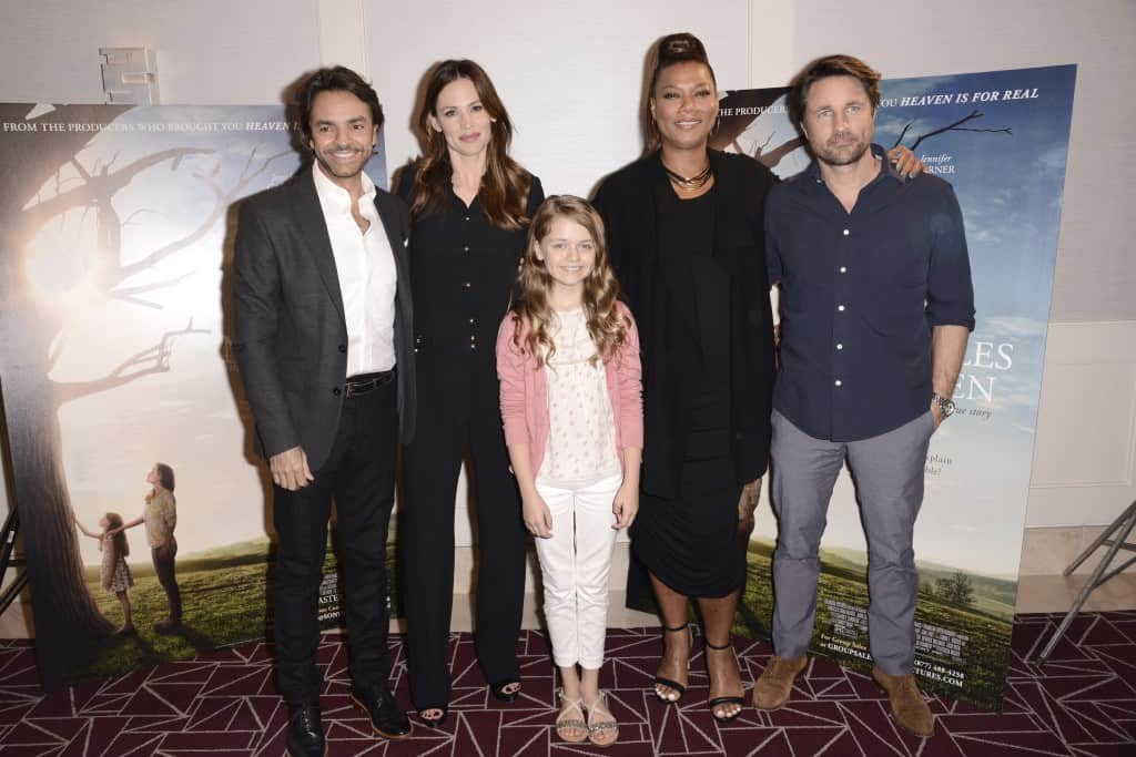 """Miracles From Heaven Interviews : The Cast! WEST HOLLYWOOD, CA - March 4th 2016 Eugenio Derbez, Jennifer Garner, Kylie Rogers, Queen Latifah and Martin Henderson seen at Columbia Pictures """"Miracles From Heaven"""" Photo Call at The London"""