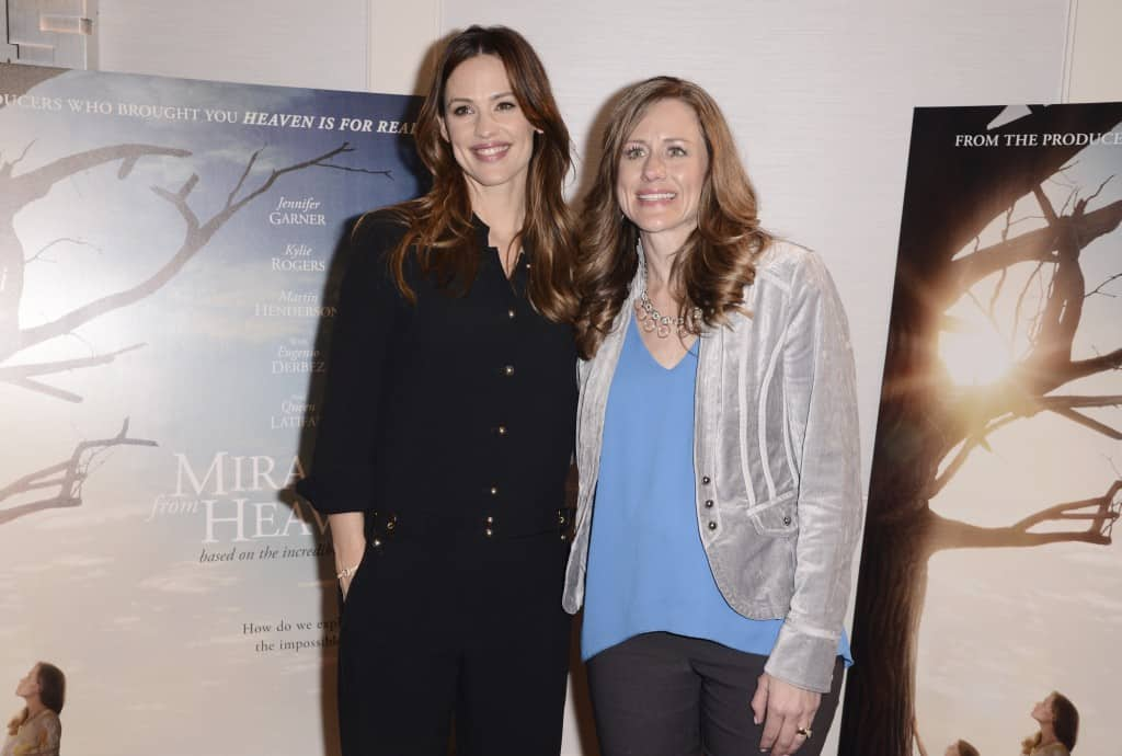 """Miracles From Heaven Interviews WEST HOLLYWOOD, CA - March 4th 2016 Jennifer Garner and Writer Christy Beam are seen at Columbia Pictures """"Miracles From Heaven"""" Photo Call at The London"""
