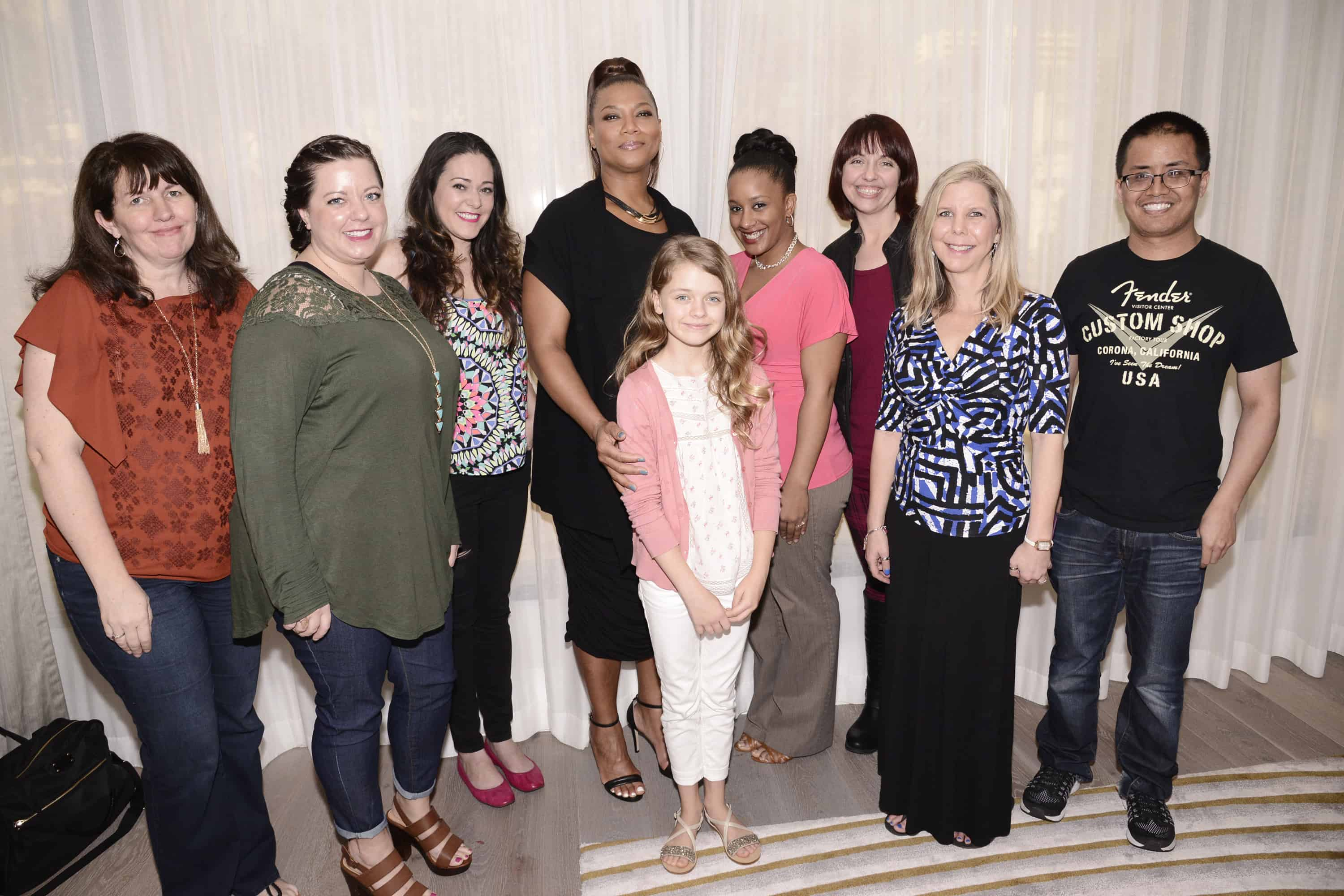 """Miracles From Heaven Interviews : The Cast! WEST HOLLYWOOD, CA - March 4th 2016 Queen Latifah and Kylie Rogers seen at Columbia Pictures """"Miracles From Heaven"""" Photo Call at The London"""