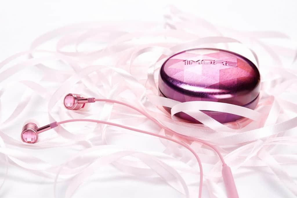 Pink Swarovski Crystal In-Ear Headphones from 1MORE