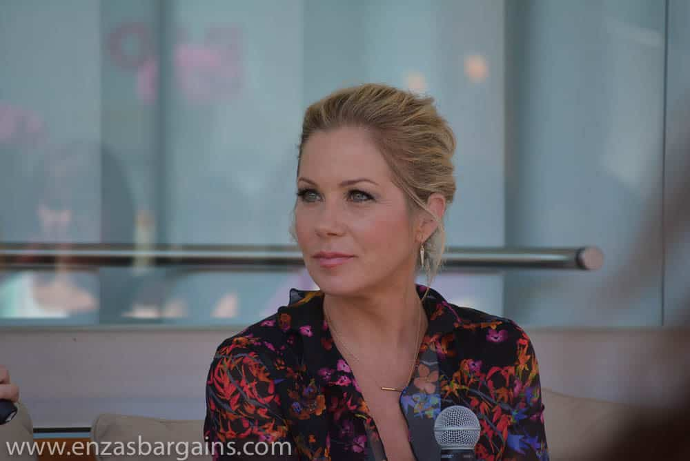 Christina Applegate and Annie Mumolo Interview for Bad Moms