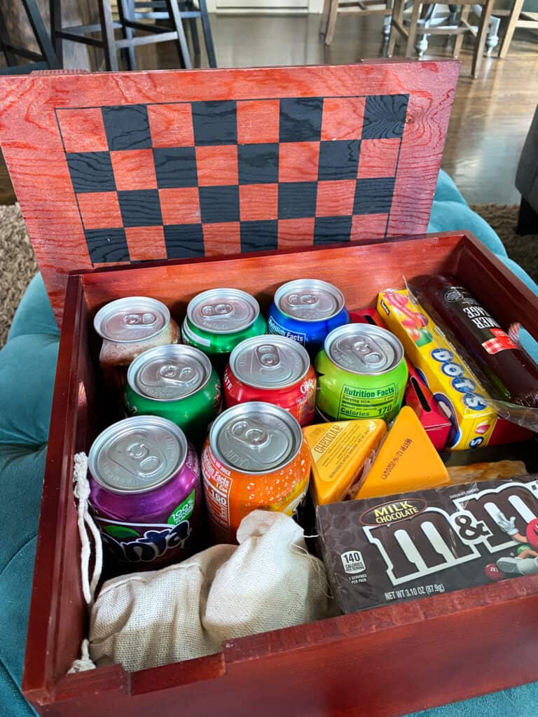 Gourmet Gift Baskets Game and Candy Crate