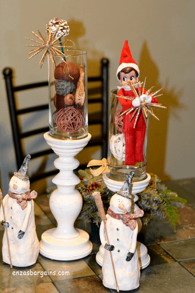 Easy and Quick Elf on the Shelf Ideas!