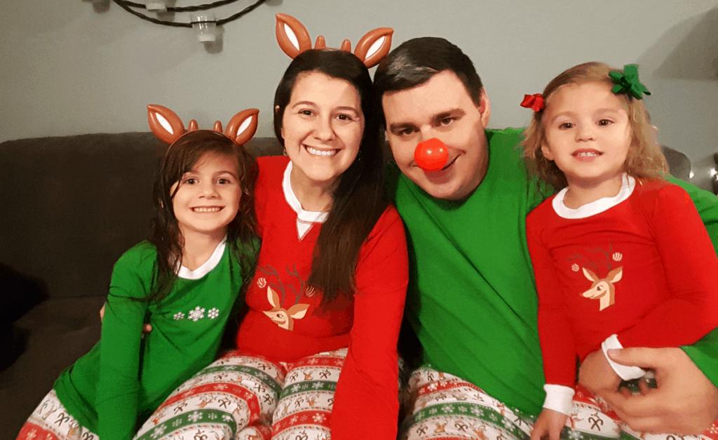 matching-family-pajamas