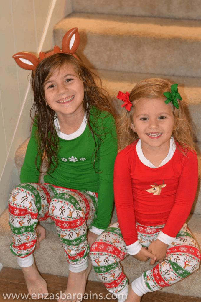 matching-jammies-kids