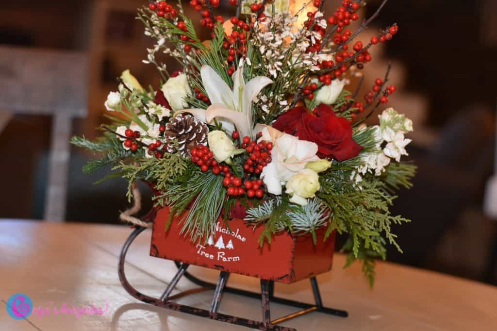 Teleflora's Vintage Sleigh Bouquet Review - #EBHolidayGiftGuide