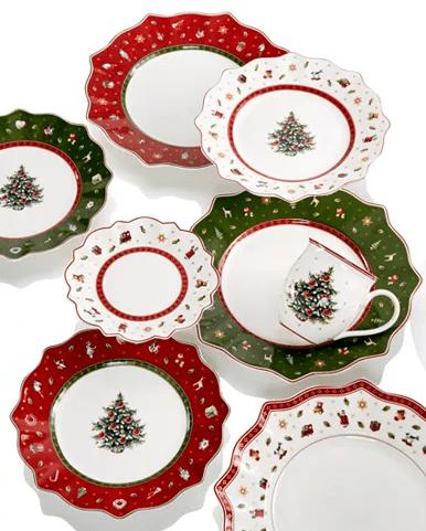 Macy's Holiday Season Decorations