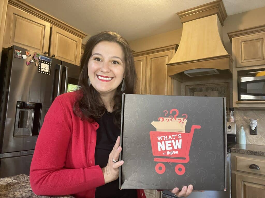 What's New at Hy-Vee? Pack your cupboard for Back-to-school! HSTV